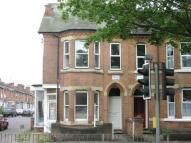 Flat to rent in Radford Road...