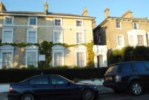 2 bedroom Flat in Westcombe Park Road...