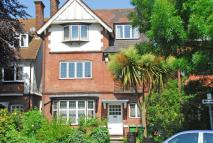 6 bedroom Detached house in Hardy Road, Blackheath...