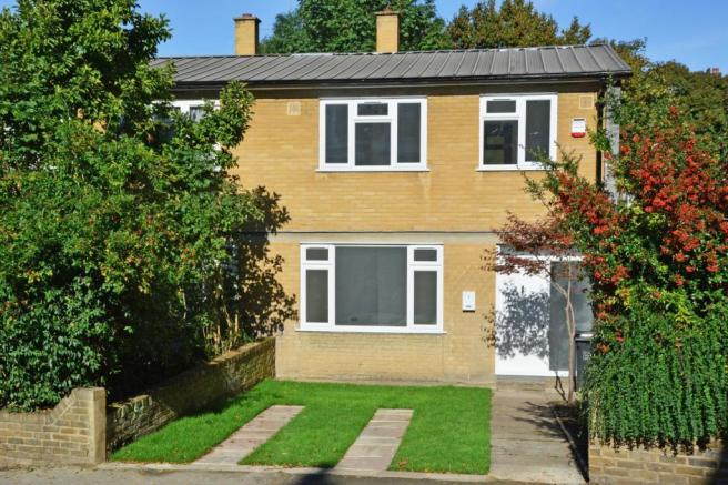 3 Bedroom End Of Terrace House For Sale In Belmont Park Lewisham