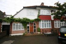 5 bedroom property in Heddon Court Avenue...