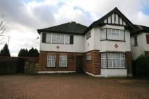 4 bed property for sale in Chase Side, Southgate...