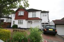 Ashurst Road Detached property to rent