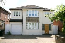 4 bed home in Bevan Road, Cockfosters...