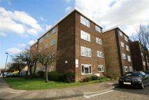 Flat to rent in Southgate, London, N14