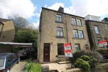 2 bedroom semi detached house to rent in Knowlwood Road, Walsden...