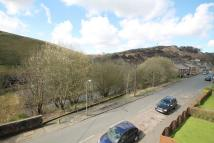 2 bedroom End of Terrace house to rent in Knowlwood Road, Walsden...
