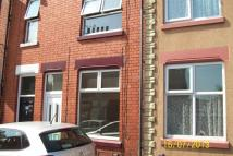 2 bed Terraced property in Hearth Street...
