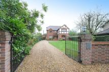 5 bedroom Detached property in West Street, Tadley