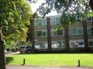 Apartment in Little Court Roxborough...