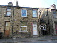 Terraced home to rent in GRAY STREET, Liversedge...