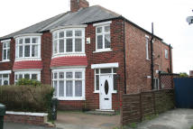 3 bedroom semi detached house to rent in Appleton Road, Acklam...