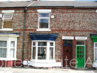 2 bedroom Terraced house in Windsor Road, Oxbridge...
