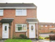2 bedroom End of Terrace property in Cambrian Drive, Yate...