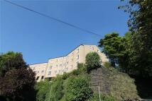 Apartment in Caddyfield Court ...