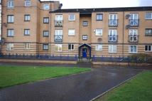 Flat in Glasgow Road, Clydebank...