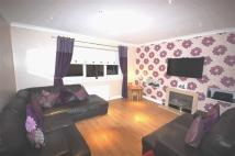 Flat for sale in Belsyde Avenue...