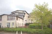 2 bedroom Flat in Windsor Crescent...