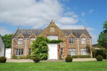 3 bedroom Detached property to rent in Foxham