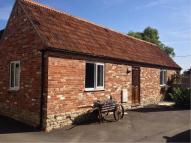 Bungalow to rent in Dauntsey