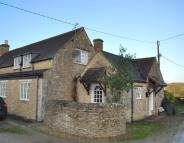 Cottage to rent in Shipton Moyne