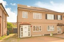 4 bed property for sale in Kingshill Avenue...