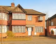 4 bedroom house in Torcross Road, Ruislip...