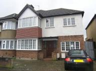 4 bed house in Victoria Road...