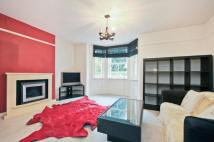 1 bed Maisonette in Laurel Grove, London...