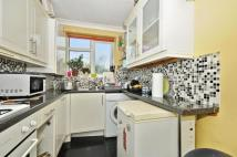 4 bed Terraced home in Chelsfield Gardens...