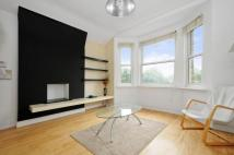 2 bed Flat to rent in Kinver Road, Sydenham...