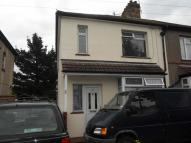 3 bed semi detached property for sale in Lincoln Rd, Erith