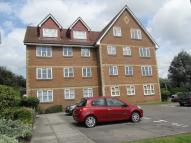 Flat in Canada Road, Erith, Kent