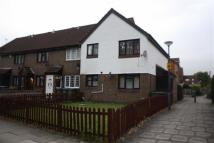 2 bedroom Maisonette to rent in Goldfinch Road, London...