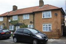 2 bed End of Terrace home to rent in Farmfield Road