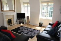 Flat in Pendragon Road, London...