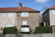 2 bedroom End of Terrace home in Shroffold Road, Bromley...