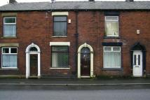 2 bed Terraced property to rent in Oldham Road, Springhead...