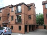2 bed Flat to rent in Beechmount Court...