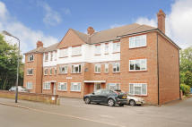 3 bed Flat for sale in Devonshire Court...