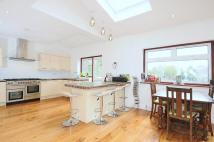 5 bed semi detached home in Colburn Avenue...