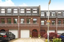 3 bed Town House in Merrows Close, Northwood...