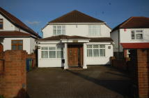 4 bed home in Pinner Hill Road, Pinner...