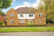 2 bed Maisonette for sale in Chamberlain Way, Pinner...
