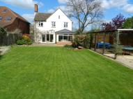 Detached property to rent in The Avenue, Churchdown