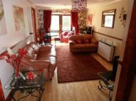 2 bed Flat for sale in West Quay Drive, Hayes...