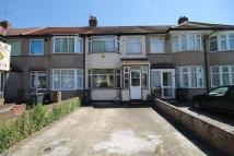 2 bedroom Terraced property for sale in Rutland Road, Southall