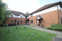 2 bed Ground Maisonette for sale in St. Crispins Court...