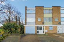 3 bed End of Terrace house for sale in Lovell Road...