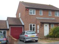 property in 2 bedroom Semi Detached...